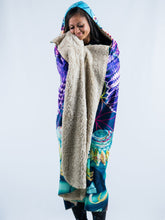 Load image into Gallery viewer, Meditation & Leopard Design Hooded Blanket