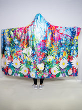 Load image into Gallery viewer, Painted Daisy Design Hooded Blanket