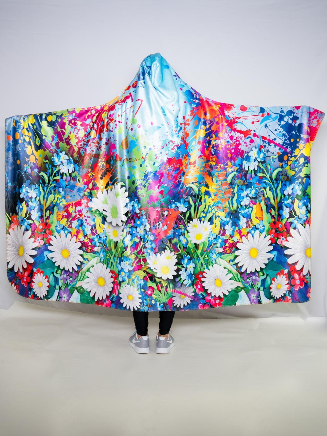 Painted Daisy Design Hooded Blanket