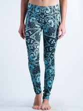 Load image into Gallery viewer, Mandala Design Leggings