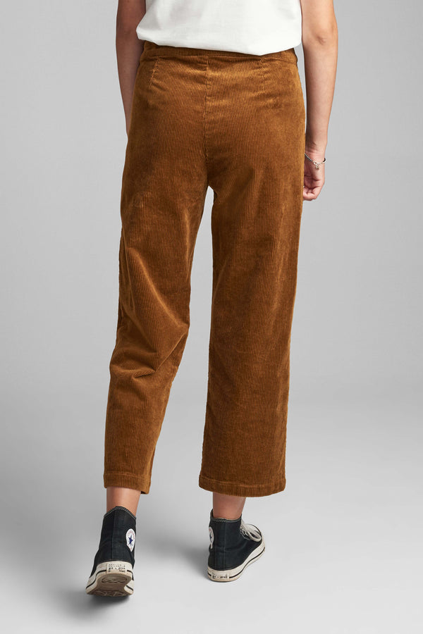 Numeghano Pant