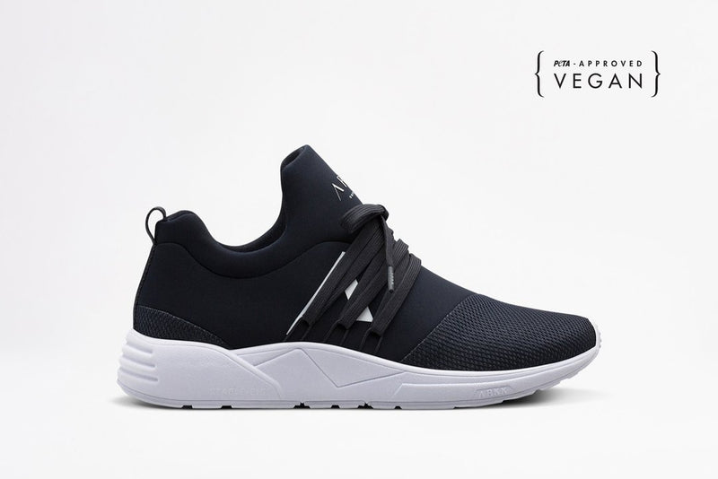 Raven Mesh Trainers