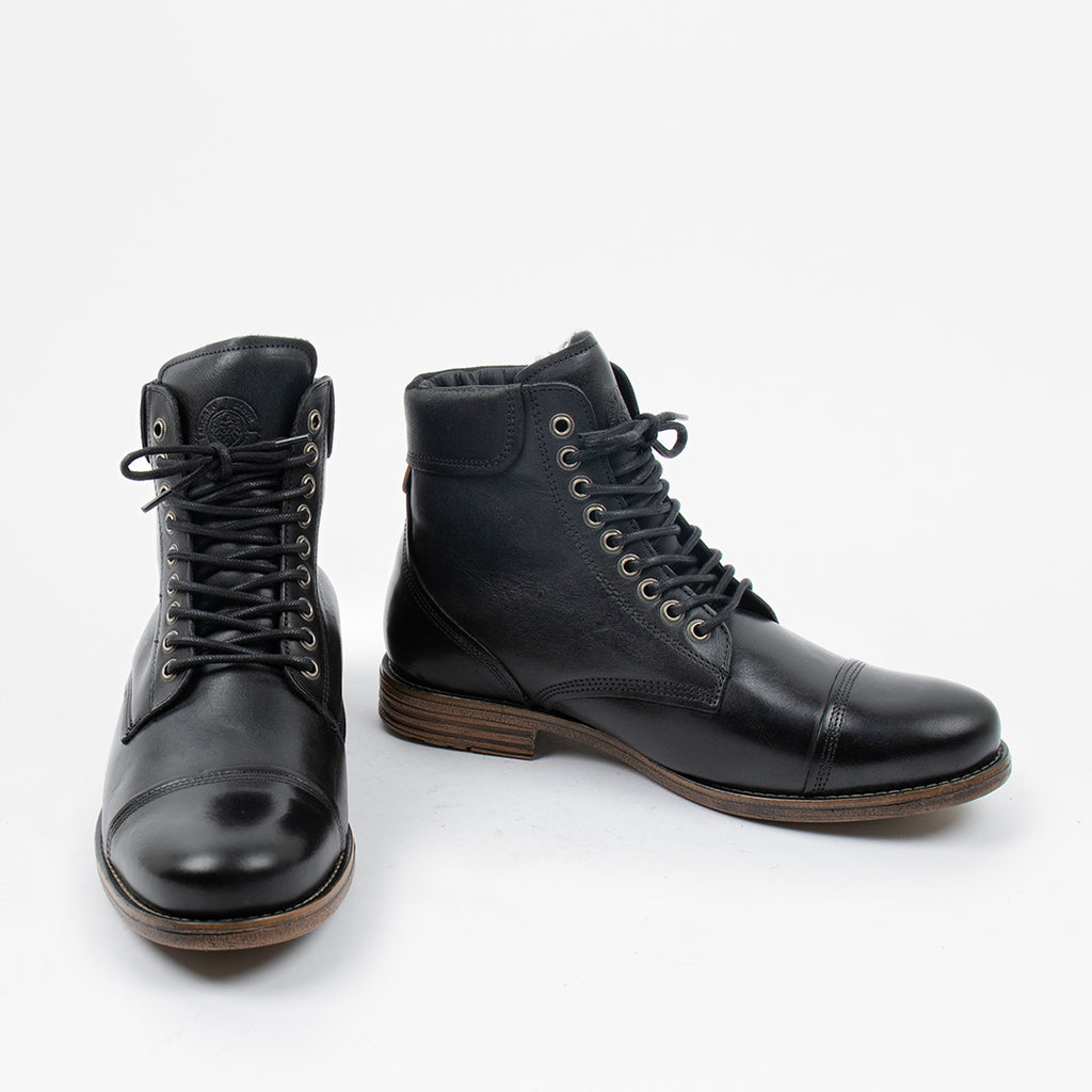 Doverlake Leather Boot