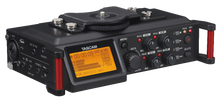 Load image into Gallery viewer, TASCAM digital recorder DR-70D front