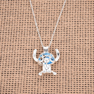 Pearl Eyes Stitch Necklace