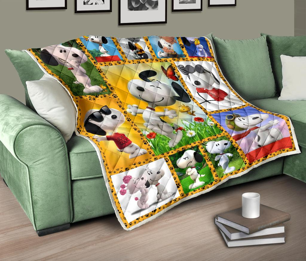 Lovely Snoopy Premium Quilt Blanket