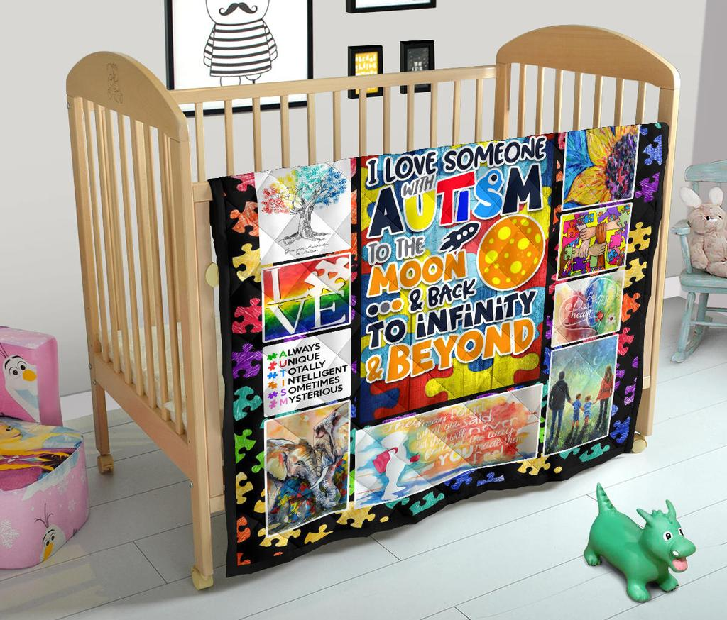 Love Someone With Autism Premium Quilt Blanket