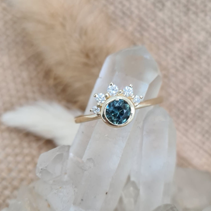 Australian Teal Sapphire Gold Ring