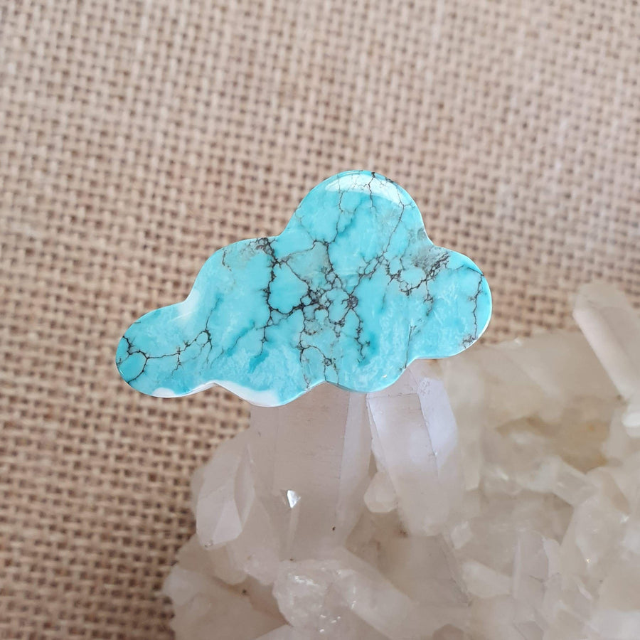 Dyed Howlite Cloud