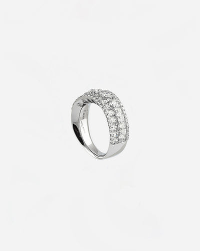 White Gold and Diamond Ring V
