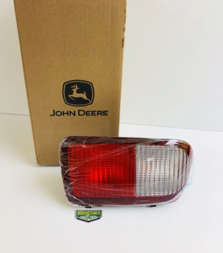 AM132643 John Deere OEM Left Tailight