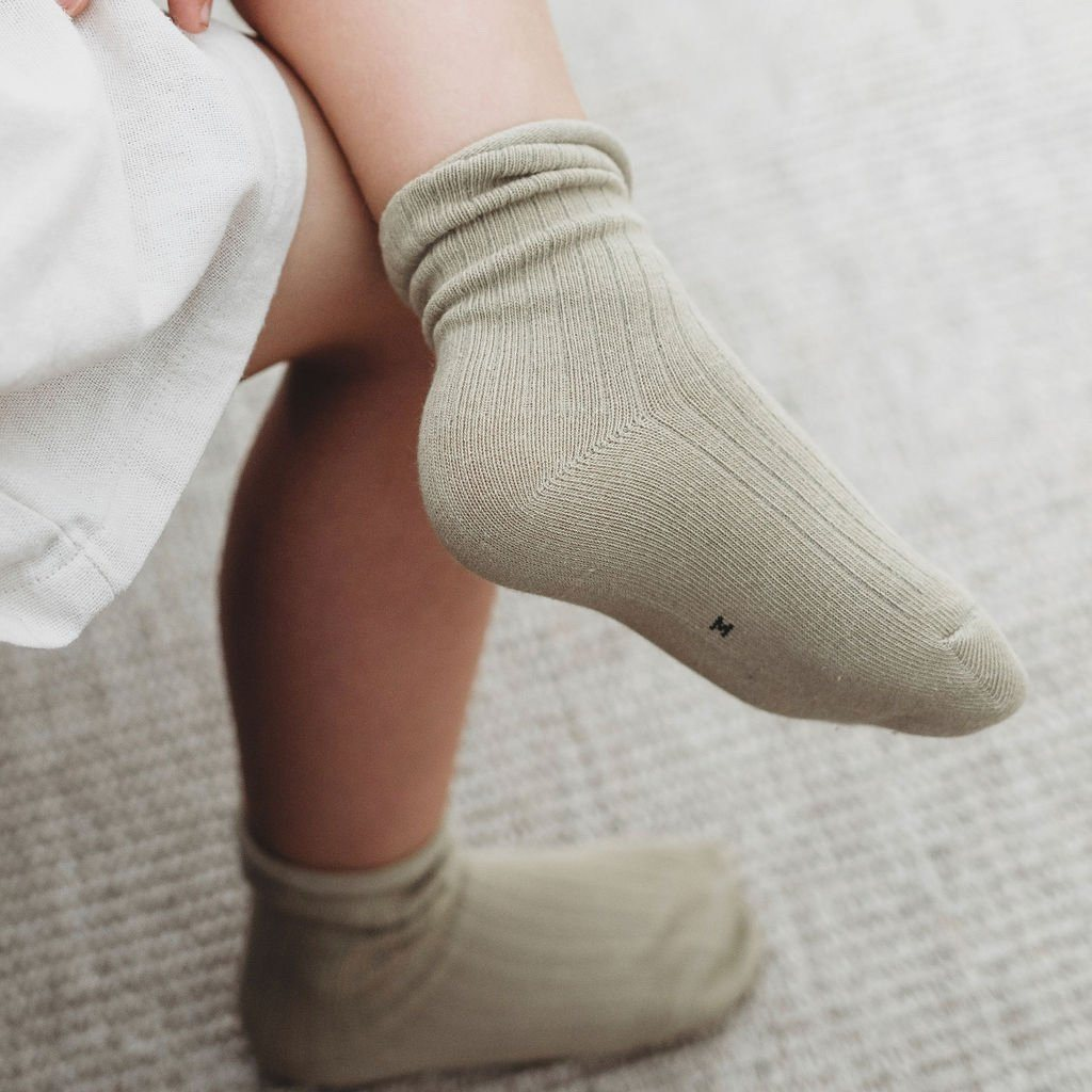 Finn Ribbed Socks Indigo Attic