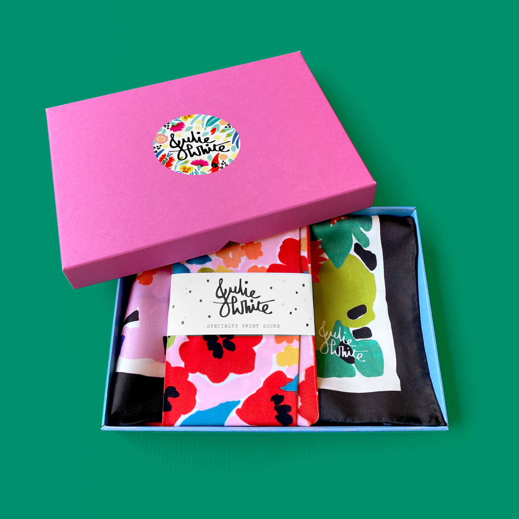 GIFT BOX SPECIAL - small silk scarf + socks