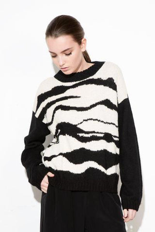 *F17 B/W LANDSCAPE ALPACA KNIT SWETHER