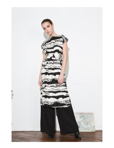 *F17 B/W LANDSCAPE WRAP DRESS