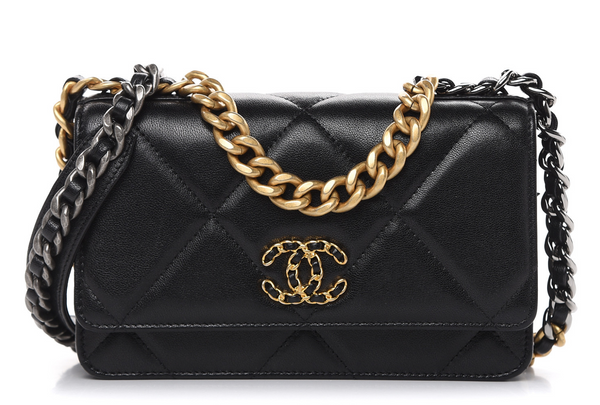 [CHANEL] 샤넬 19 월렛 온 체인 (Chanel 19 wallet on chain)