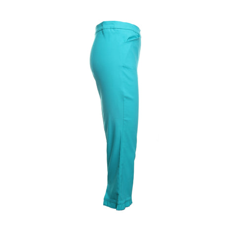 Flatten-It Ruffle Hem Capri Pants