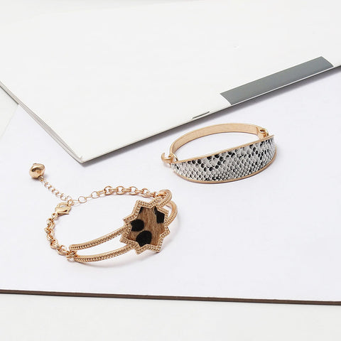 Fashion Simple Alloy Star Open Bangle