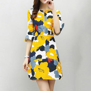 Round Neck  Patchwork  Floral Printed  Bell Sleeve Casual Dress