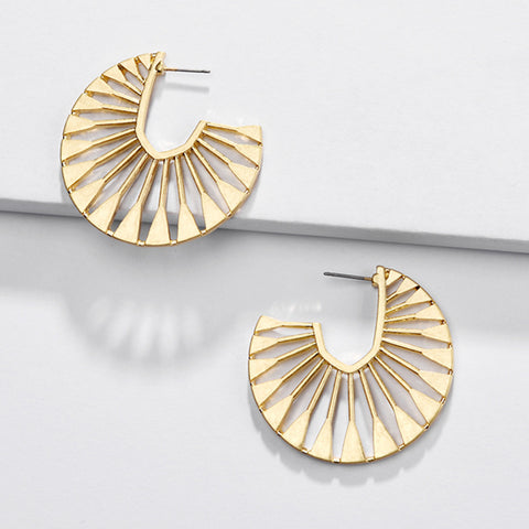 Fashionable new hollow fan-shaped female earrings