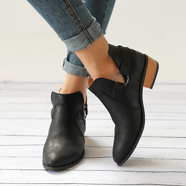 Autumn And   Winter Retro Flat Pointed Martin Boots