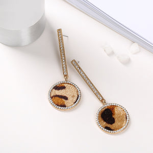 Fashion ladies inlaiding rhinestones leopard earrings