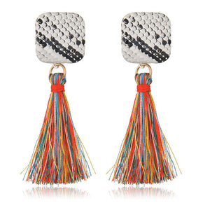 Simple and stylish individual fringe animal print earrings