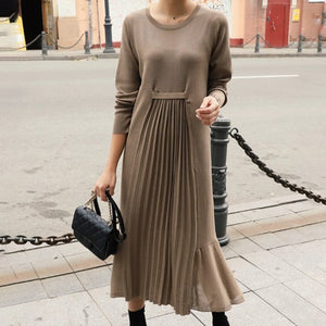 Fashion solid color round collar fold dress