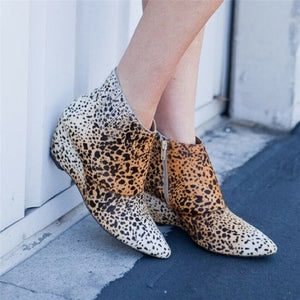 Ladys stylish pointy leopard print leather wedge ankle boot