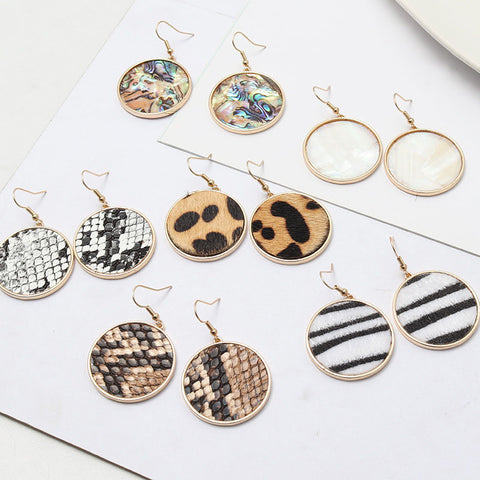 Fashion simple round stud earrings