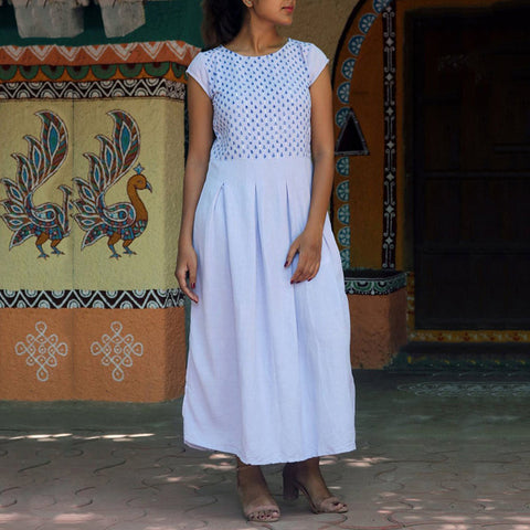 Cotton and linen dress with round neck printing