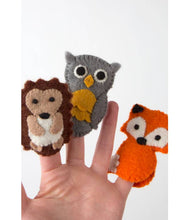 Load image into Gallery viewer, Felted Finger Puppet Owl - Ten Thousand Villages