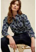 Load image into Gallery viewer, Edie Fennel Print Shirt