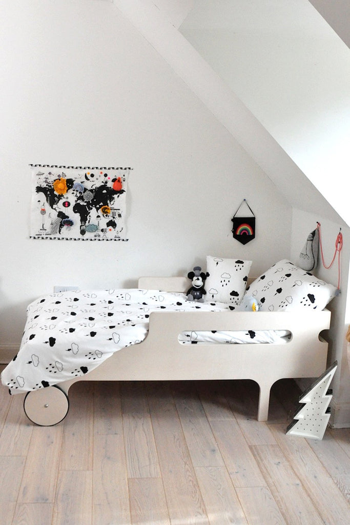 "Tobias & The Bear - ""Storm Boy"" Cotbed Duvet Set"
