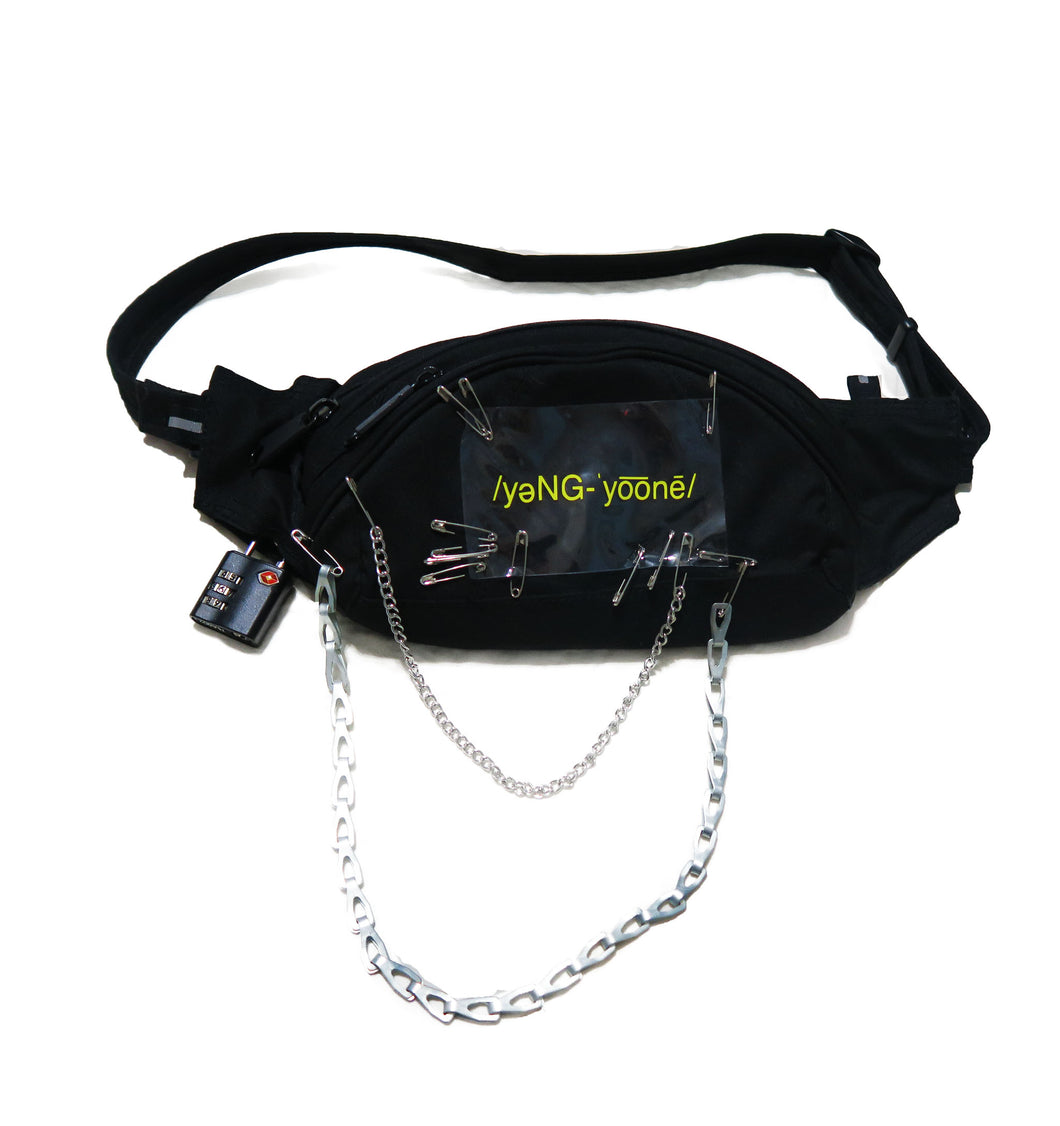 MASSACRE FANNY PACK