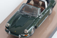 Load image into Gallery viewer, AMR  - 1/43 1967 Porsche 911 Targa Soft Window