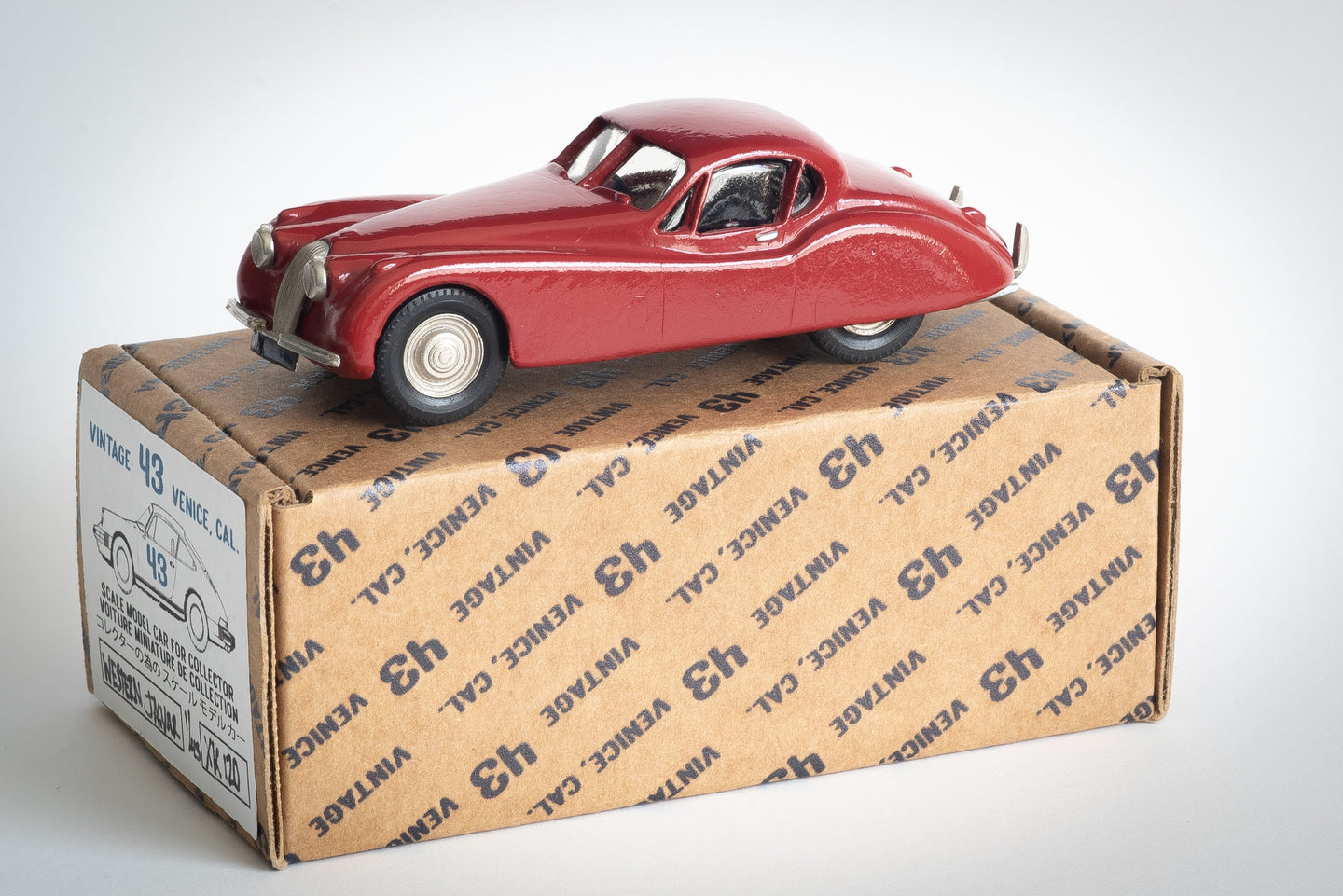 Western Models - 1/43 Jaguar XK-120 Fixed Head Coupe