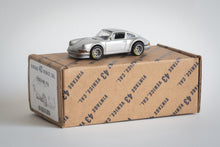 Load image into Gallery viewer, Vintage 43 Custom 1/64 Scale 911 - Silver