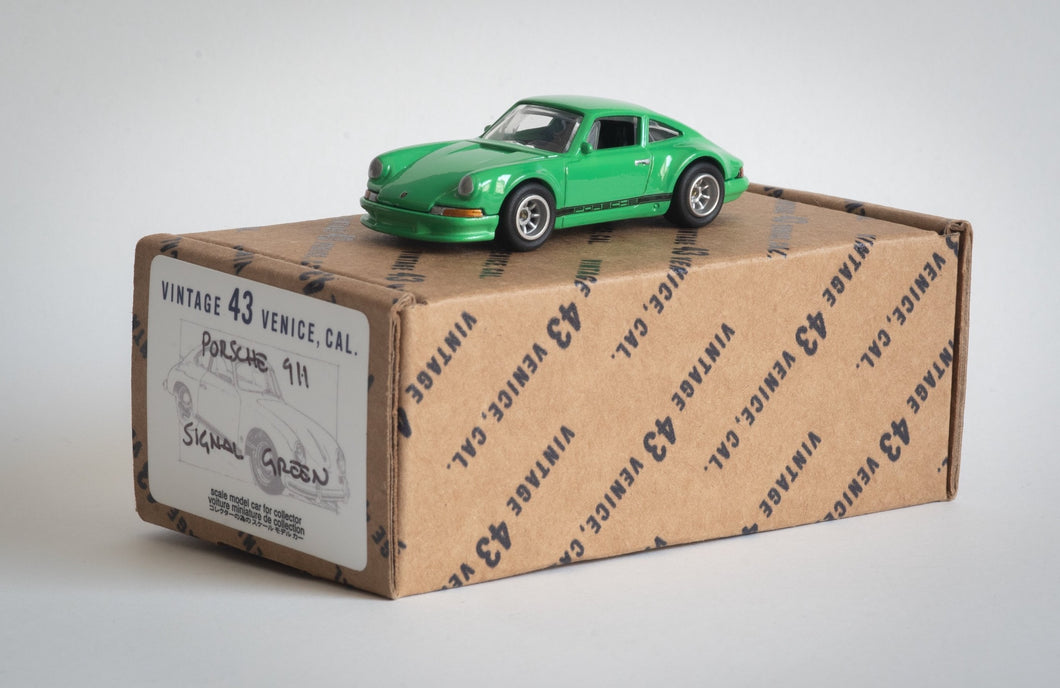Vintage 43 Custom 1/64 Scale 911 - Signal Green