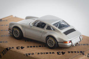 Vintage 43 Custom 1/64 Scale 911 - Silver