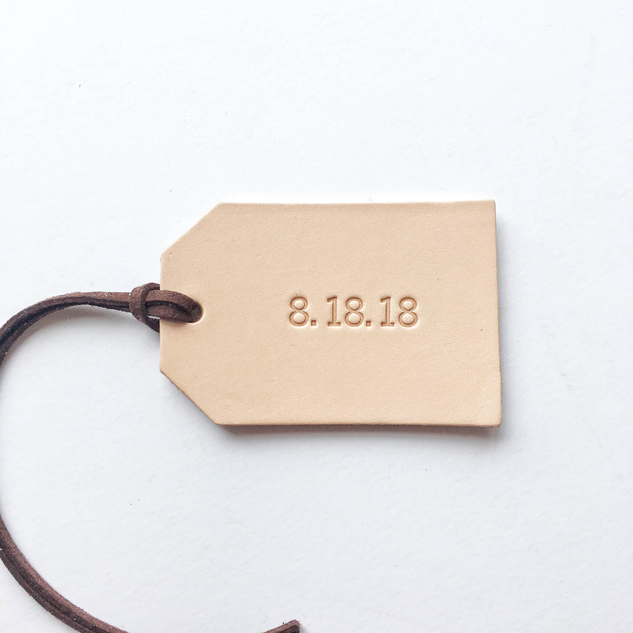 SET OF 10 PERSONALIZED LEATHER TAGS