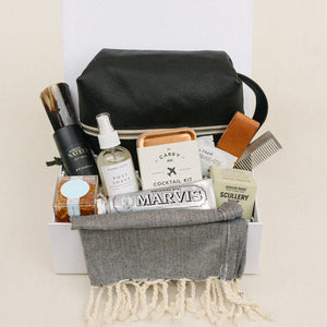 a-signature-welcome-charleston-sc-well-groomed-gift-box