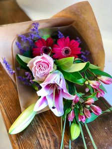 MARKET BUNCH PINKS - from