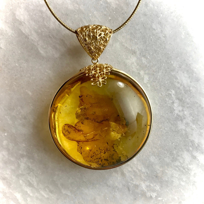 Amber Baltic  Large & Gold Floral Pendant
