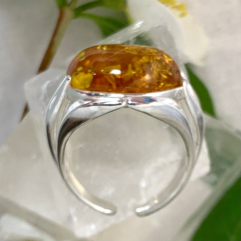 Baltic Amber Oval Ring