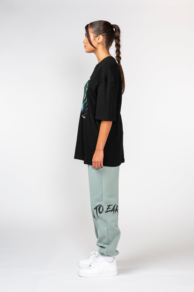 BLACK DOWN TO EARTH OVERSIZED TSHIRT