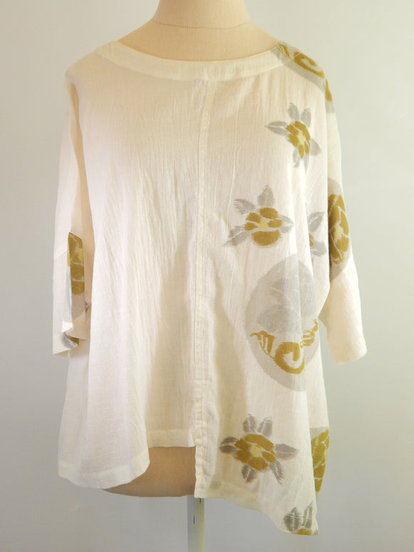 Kinu Loose Fitting 100% Cotton Blouse