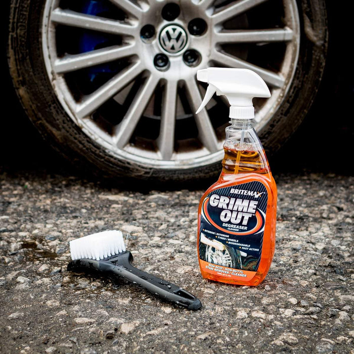 Tuf Shine Tyre Cleaning Brush + Grime Out