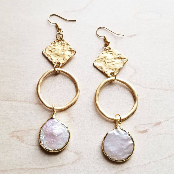 The Jewelry Junkie - Brushed Gold Freshwater Pearl Dangle Earrings