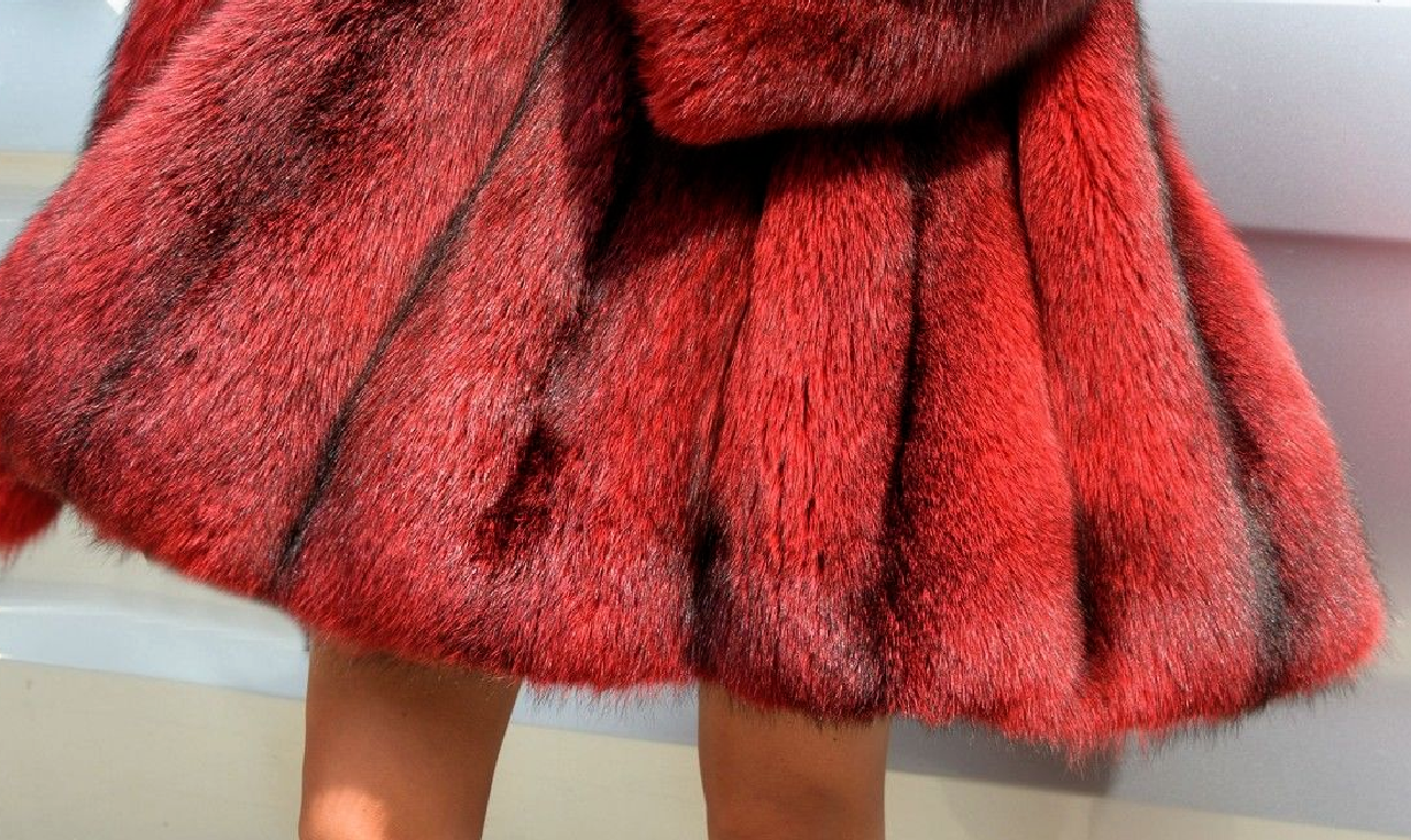 a6734c38289 Warm Red And Black Fur Coat – zafall